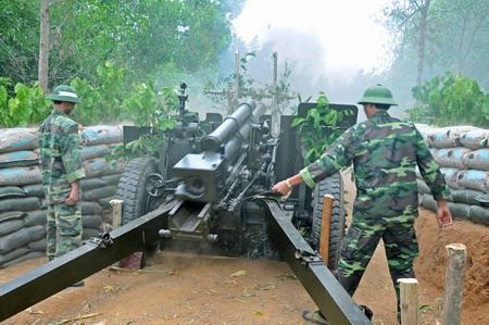 Pháo M2A1 105 mm tiếp tục là pháo chủ lực cấp chiến dịch của Pháo binh Việt Nam