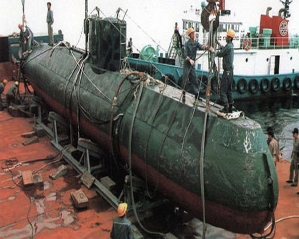 Hình ảnh tàu ngầm lớp Yugo xuất hiện trên báo Trung Quốc