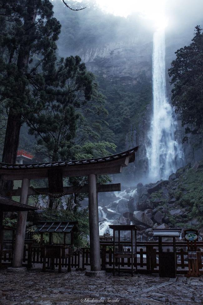 Ngắm nhìn Nhật Bản vào mùa mưa còn đẹp hơn cả tranh vẽ - Ảnh 11.