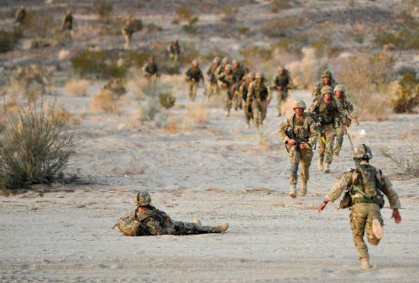 Đặc công Anh tập trận Cá Sấu Đen tại sa mạc Mỹ 18