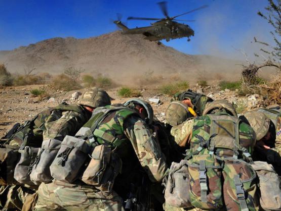 Đặc công Anh tập trận Cá Sấu Đen tại sa mạc Mỹ 2