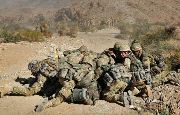 Đặc công Anh tập trận Cá Sấu Đen tại sa mạc Mỹ 3