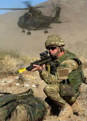 Đặc công Anh tập trận Cá Sấu Đen tại sa mạc Mỹ 6