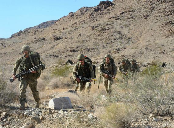 Đặc công Anh tập trận Cá Sấu Đen tại sa mạc Mỹ 7