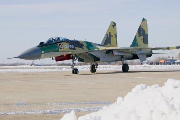 Các phi công Mỹ cũng cảm thấy bất ngờ với những tính năng của Su-35.