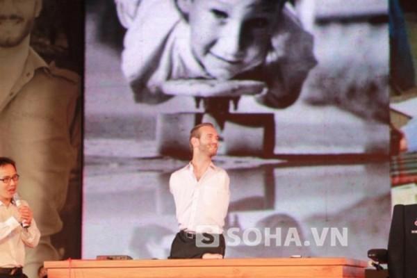 Nick trong buổi diễn thuyết