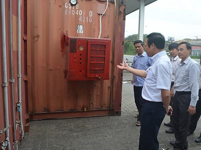 Lộ diện nhiều máy biến thế chứa dầu độc