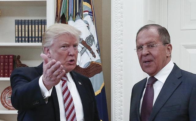 Trump có bị luận tội khi tiết lộ tin tình báo với Nga?