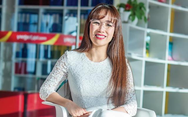 Forbes nói gì về nữ tỷ phú USD đầu tiên của Việt Nam?