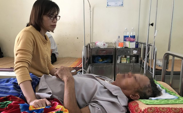 Cụ ông 74 tuổi kể lại giây phút vật lộn sinh tử với kẻ sát hại bà giáo già ở Hưng Yên