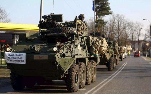 """""""Khó lường"""" quân sự Mỹ - Ba Lan áp sát biên giới Nga"""