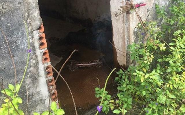 Tìm ra nguyên nhân tử vong của thi thể phân hủy trong nhà tạm giam cũ