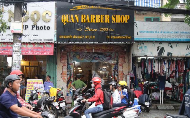 TP. HCM: Vừa vào làm 3 ngày, thợ hớt tóc bị đối tượng vào tiệm đâm tử vong 1