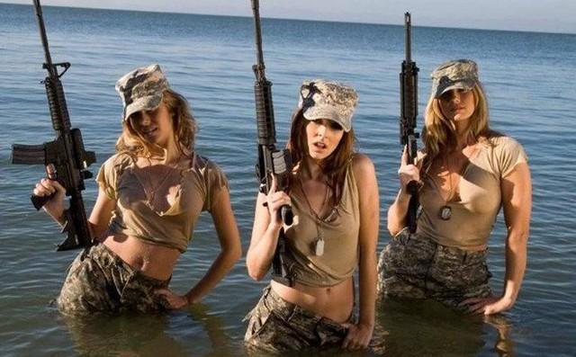 [ẢNH] Nỗi sợ hãi của một số nữ binh sĩ Mỹ không phải là kẻ thù mà là chính nam đồng nghiệp