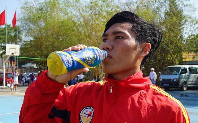 Thức uống nào phù hợp cho những người chơi thể thao