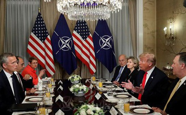 """Tổng thống Trump: Đức đang là """"con tin"""" của Nga"""