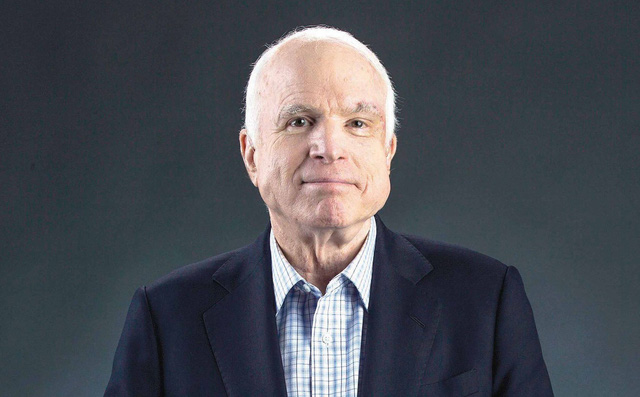 Những tiết lộ về cuộc đời của Thượng nghị sĩ John Mccain