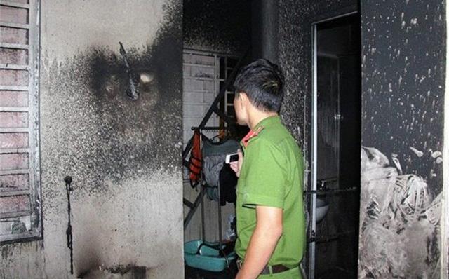 Cháy nhà trọ ở Sài Gòn lúc sáng sớm, cô gái thuê phòng chết thảm 1
