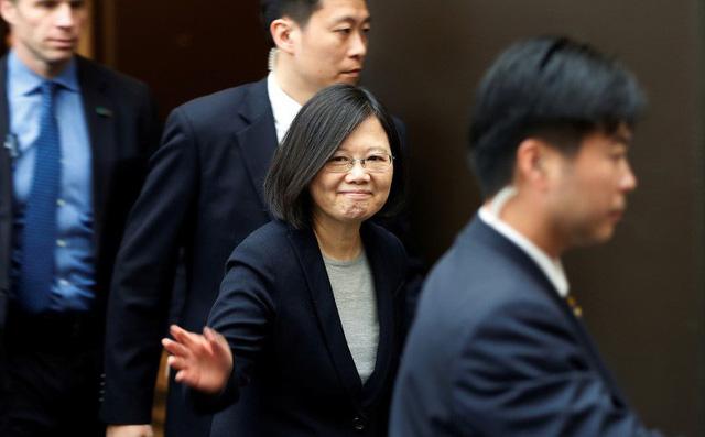 """Hoàn cầu mắng Đài Loan nịnh hót vì hành động""""giải vây"""" cho Mỹ trong cuộc chiến thương mại"""