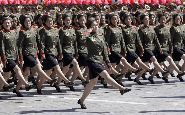 7 ngày qua ảnh: Đội nữ binh Triều Tiên xinh đẹp duyệt binh mừng Quốc khánh