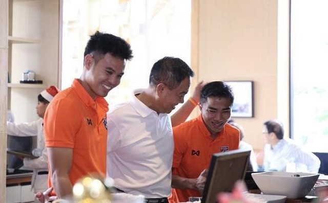 Số phận 'thượng tầng kiến trúc' bóng đá Thái là Asian Cup?