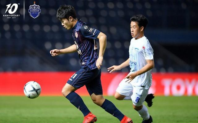 SỐC: Chỉ sau trận đầu ở Thai League, giá trị của Xuân Trường tăng vọt và vượt Công Phượng