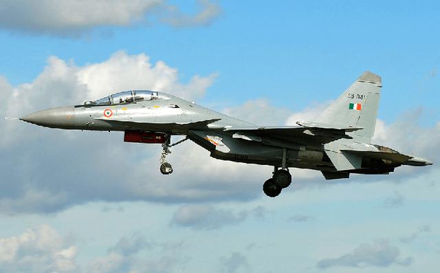 Ấn Độ tích hợp tên lửa I-Derby ER cho Su-30MKI: Gợi ý tuyệt vời đối với Su-30MK2 Việt Nam