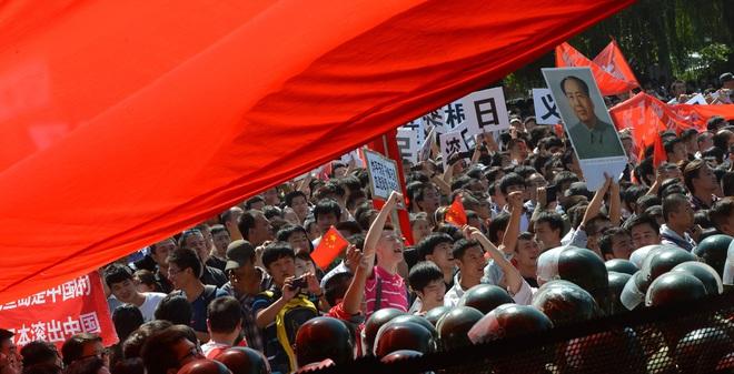 Bắc Kinh đau đầu kiểm duyệt các phát ngôn hiếu chiến trên mạng