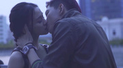 Trương Quỳnh Anh thoải mái để Tim hôn bạn diễn