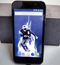 Ảnh thực tế smartphone Racer lõi tứ giá 3,2 triệu đồng