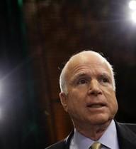 'Phản pháo' Putin về Syria, McCain viết bài cho báo Nga