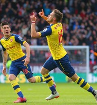 Burnley 0-1 Arsenal: Gửi lửa tới Manchester