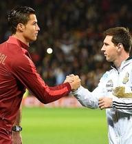 """Tiết lộ gây sốc về hành động """"nghĩa hiệp"""" của Ronaldo với Messi"""