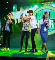 Phát sốt vì Sơn Tùng MTP, fan nữ bị bảo vệ mời khỏi sân khấu