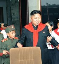 Thiếu nhi Triều Tiên tôn sùng Kim Jong-un