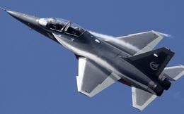 """Khám phá sức mạnh máy bay huấn luyện siêu âm """"tốt nhất thế giới"""" của Trung Quốc"""