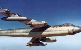 Đã từng có loại máy bay có thể ném bom trong tư thế... lộn ngược