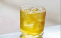 Cực đã khát, nhưng đề phòng hỏng thận nếu bạn uống nhiều loại nước này