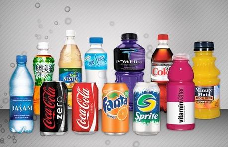 13 sản phẩm  tạm ngừng lưu thông và những chai nước chứa dị vật của Coca Cola Việt Nam