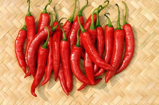 Vì sao nên ăn ớt mỗi ngày và ăn thế nào cho đúng? - Ảnh 1.