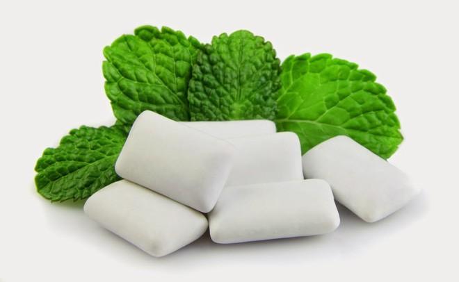8 mẹo vặt hữu ích giúp bạn luôn nói không với bệnh sâu răng - Ảnh 1.