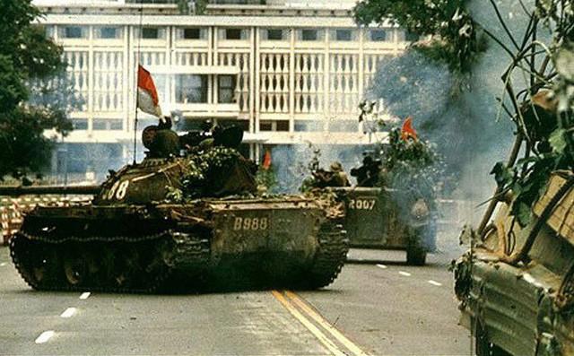 Tầm nhìn chiến lược và sự trưởng thành của bộ đội TTG Việt Nam - Mua xe tăng T-90 hiện đại - Ảnh 4.