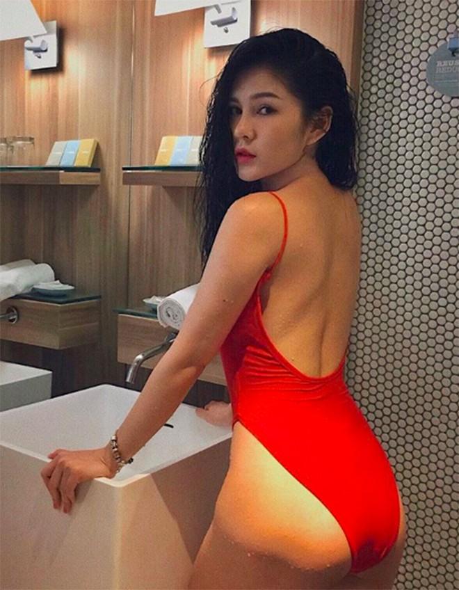 Vẻ quyến rũ, sành điệu đời thường của nữ MC từng theo chân Park Hang Seo - Ảnh 12.