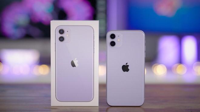 iPhone 11 xách tay giảm giá 'sốc', về dưới 20 triệu đồng - Ảnh 1.
