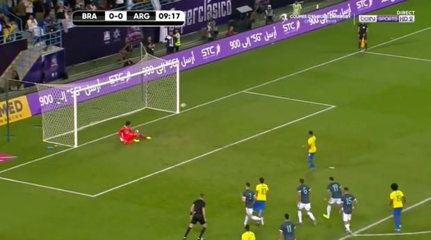 Thắng Brazil trong trận Siêu kinh điển Nam Mỹ, Messi giành chiếc cúp đầu tiên trong sự nghiệp với ĐT Argentina - Ảnh 4.