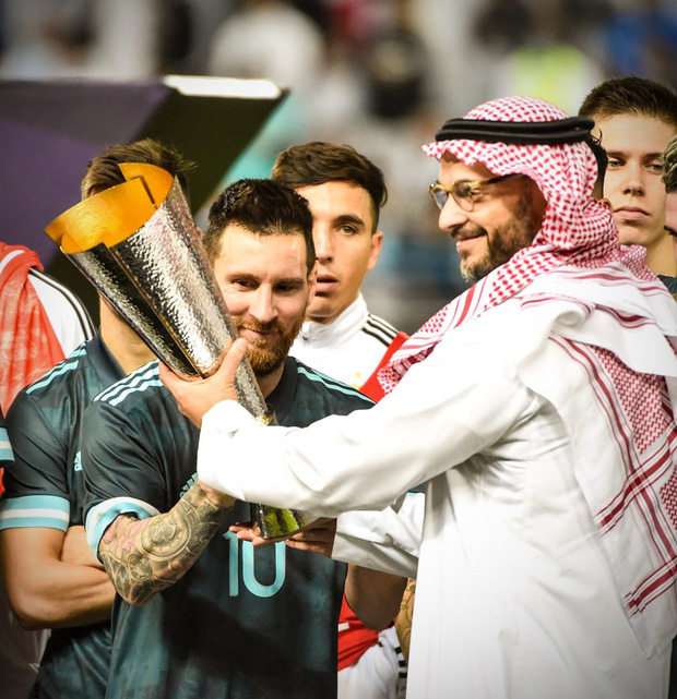 Thắng Brazil trong trận Siêu kinh điển Nam Mỹ, Messi giành chiếc cúp đầu tiên trong sự nghiệp với ĐT Argentina - Ảnh 5.