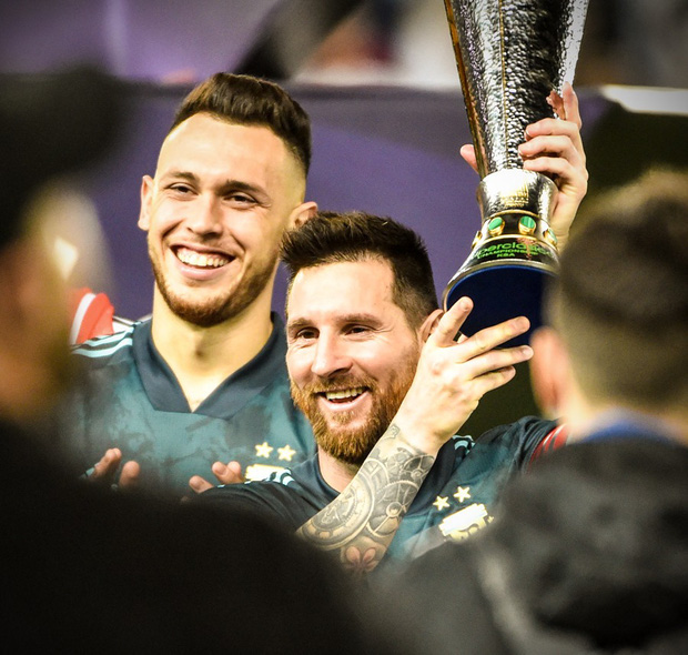Thắng Brazil trong trận Siêu kinh điển Nam Mỹ, Messi giành chiếc cúp đầu tiên trong sự nghiệp với ĐT Argentina - Ảnh 6.