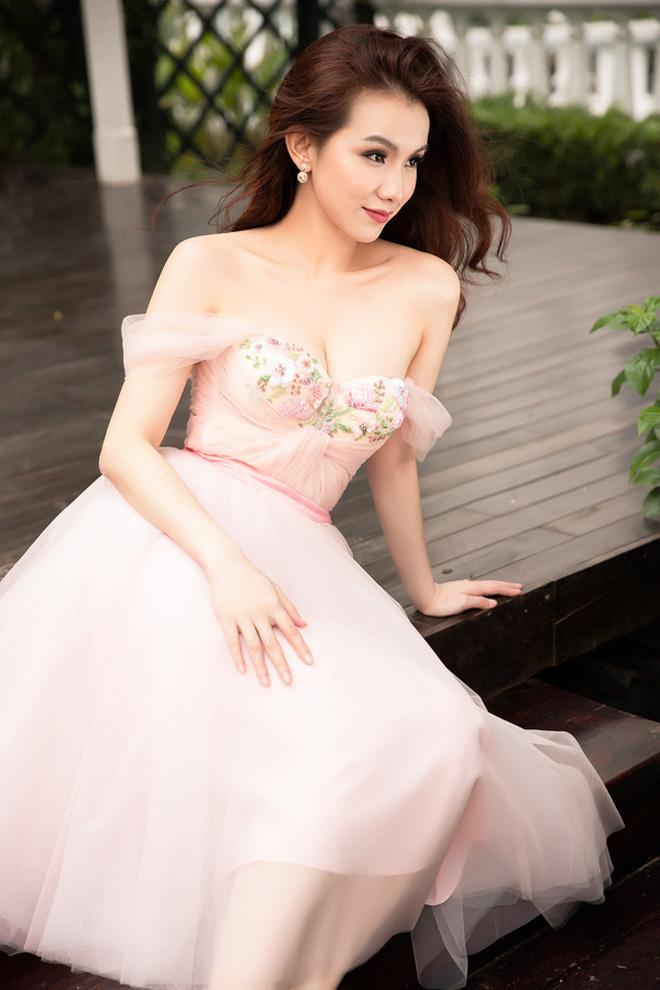 Đỉnh cao nhan sắc dàn Hoa hậu đăng quang cả thập kỷ: U40, U50 vẫn đẹp ngỡ ngàng, Mai Phương Thúy táo bạo nhất - Ảnh 19.