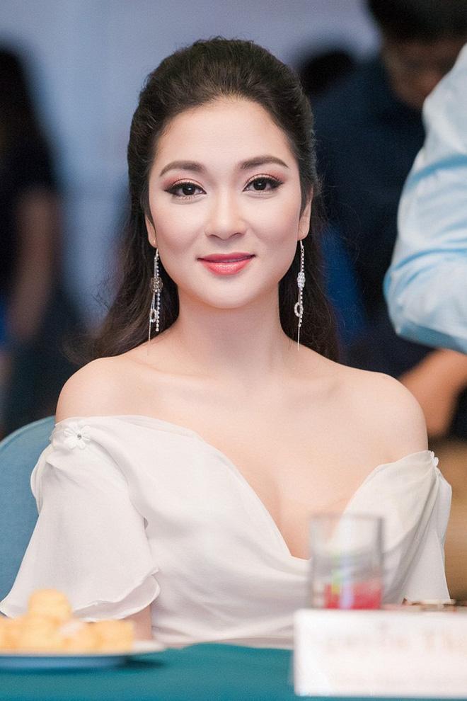 Đỉnh cao nhan sắc dàn Hoa hậu đăng quang cả thập kỷ: U40, U50 vẫn đẹp ngỡ ngàng, Mai Phương Thúy táo bạo nhất - Ảnh 9.