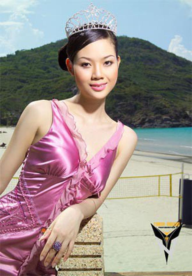 Đỉnh cao nhan sắc dàn Hoa hậu đăng quang cả thập kỷ: U40, U50 vẫn đẹp ngỡ ngàng, Mai Phương Thúy táo bạo nhất - Ảnh 10.